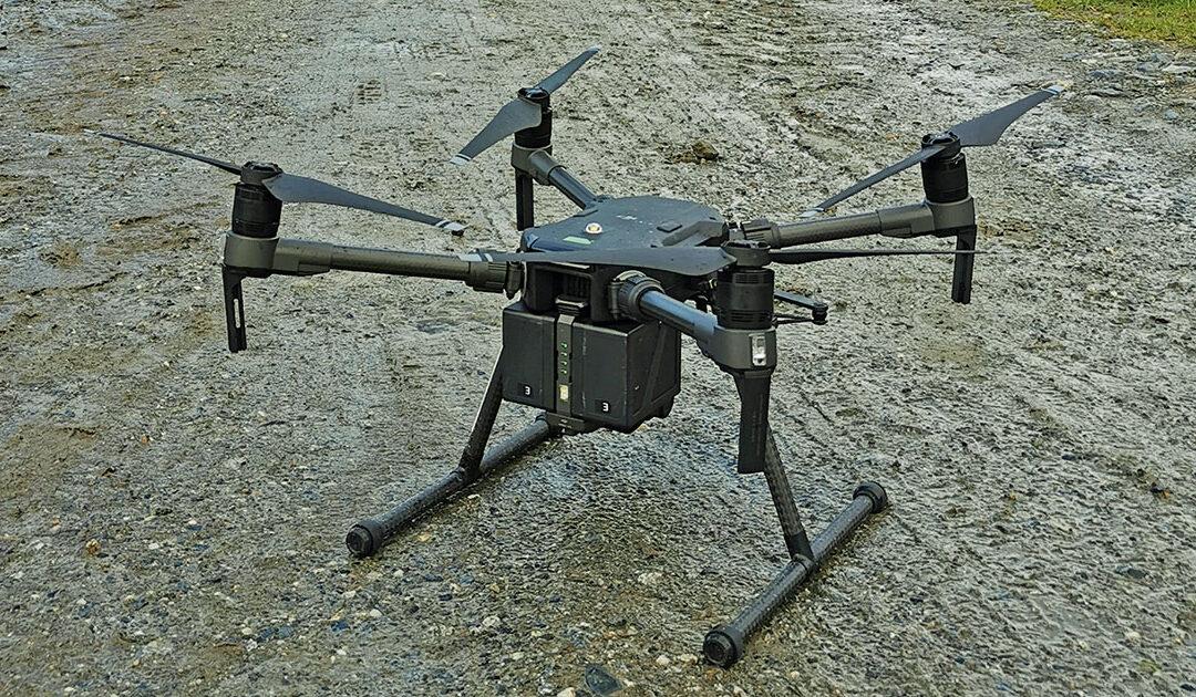 Etterlyser droneførarar til vipesøk